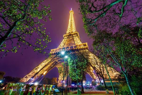 paris-sustentavel-torre-eiffel-energia-limpa
