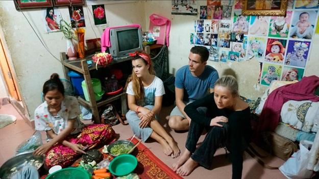 reality-show-leva-blogueiros-moda-trabalhar-fabricas-camboja-casa-625