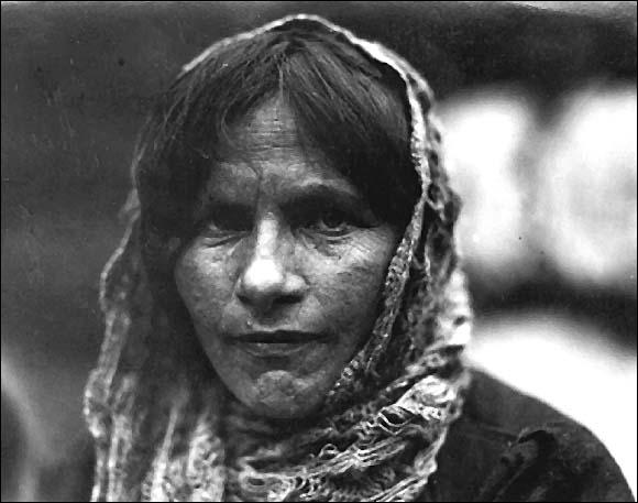 refugeewoman