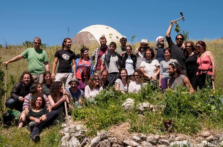 resposta-crise-jovens-fundam-comunidade-sustentavel-grecia12