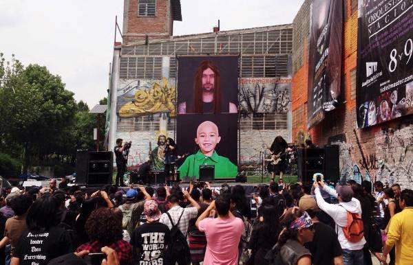show-rock-metaleiros-doar-cabelo-criancas-cancer-600
