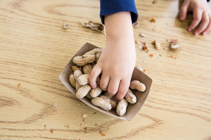 amendoim-e-crianc%cc%a7as