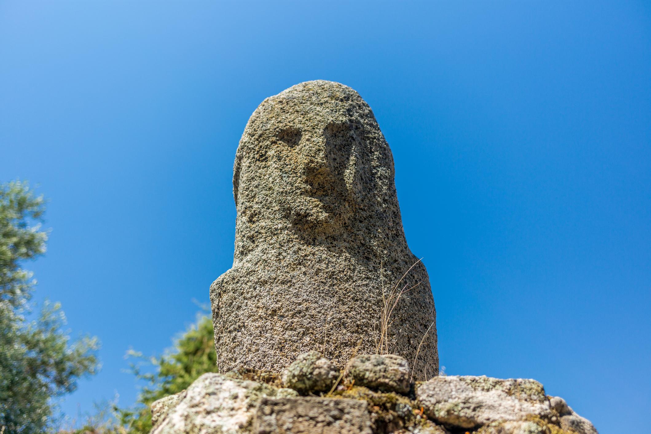 Amazing prehistoric statues in the Corsica hills - 2