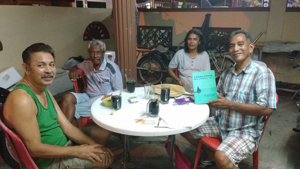 Reuniões semanais mobilizam um modesto grupo de malaios de origem portuguesa que tentam manter a língua Kristang viva.