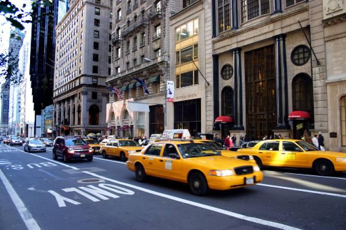 Uber e cia tiraram de circulação um terço dos taxis de ny