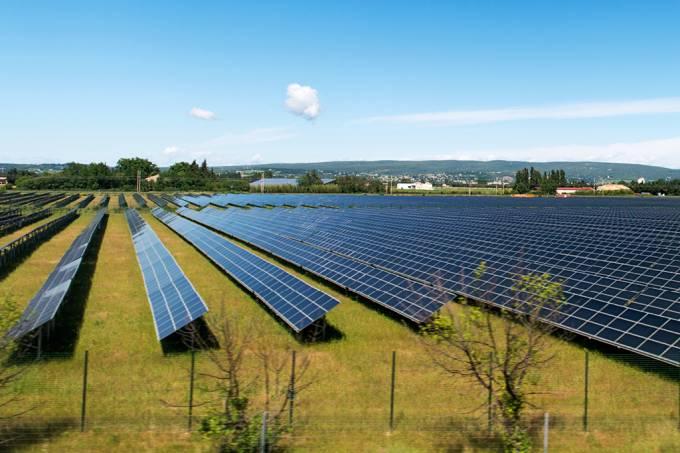 China quer construir a maior fazenda solar do mundo