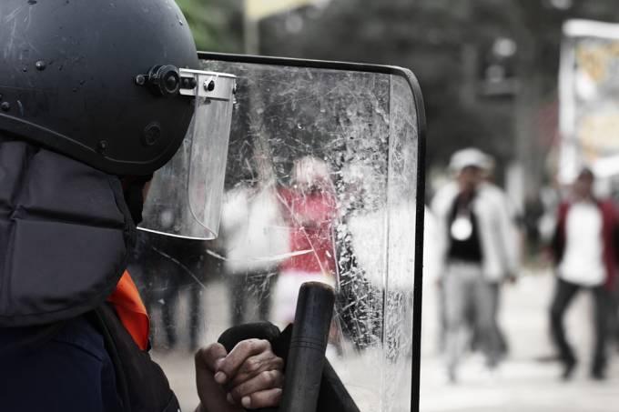 Rotina traumática faz policiais desenvolverem resposta bizarra ao estresse