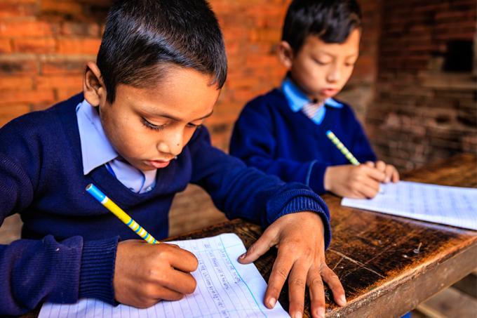 O controle rigoroso que a Índia faz para prevenir colas em exames