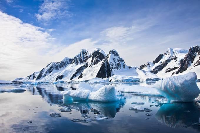 Cientistas descobrem 91 vulcões escondidos na Antártida