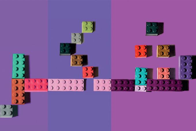 NOVAS | Entrevista: designer egípcia usa LEGO para ensinar árabe e combater o preconceito