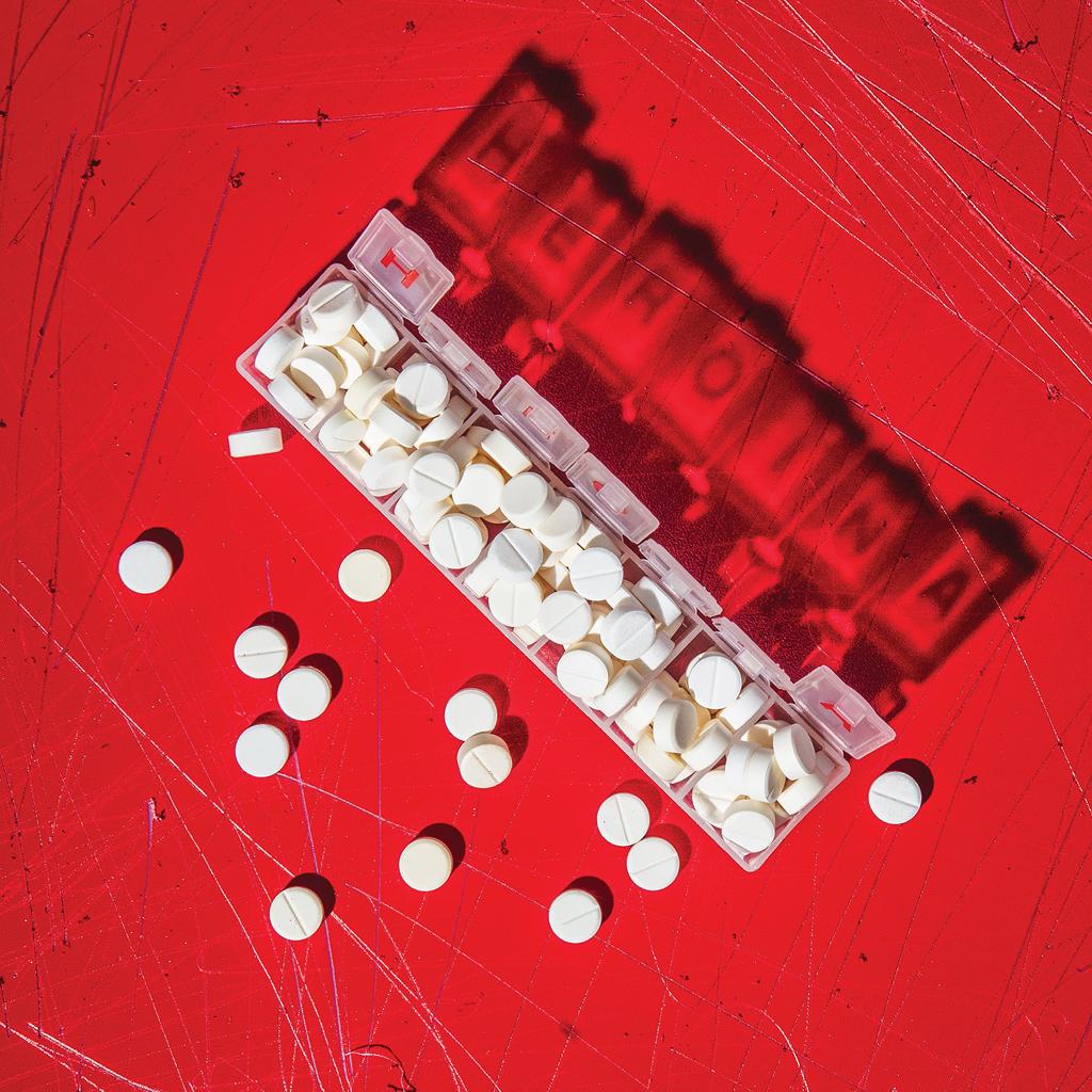 """<b id=""""message-undefined"""" class=""""error-message"""">Imagem sem texto alternativo</b> 80% dos novos usuários de heroína começaram nos remédios opioides – que compraram com receita médica."""