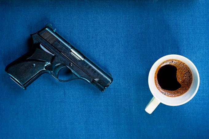 Comprar uma arma nos EUA é mais fácil do que um café
