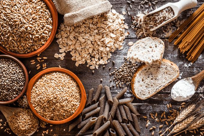 Por que os cereais integrais são mais caros que os refinados