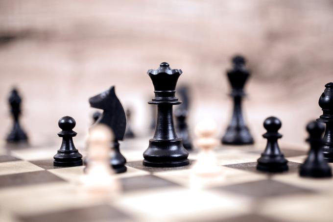 Quem joga muito xadrez tende a ficar mais inteligente