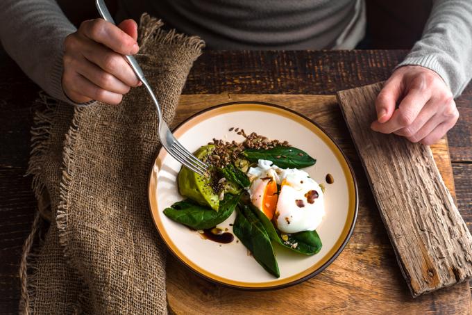 Saúde -Comer rápido demais engorda