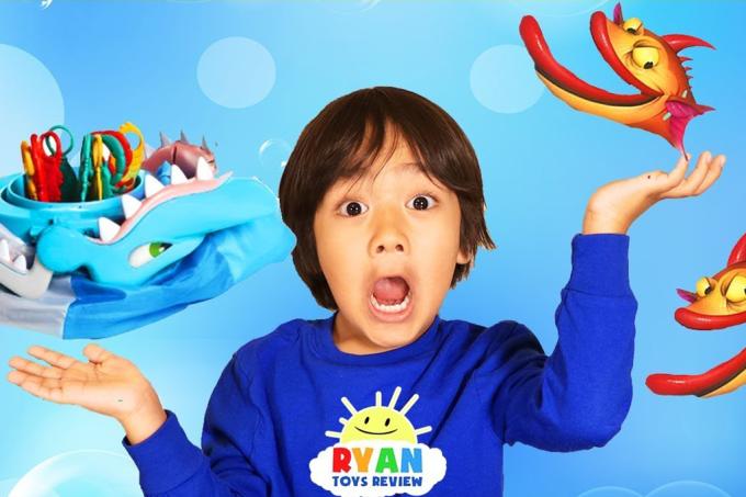 Esse menino de 6 anos está lucrando R$ 36 milhões por ano, criticando brinquedos no Youtube