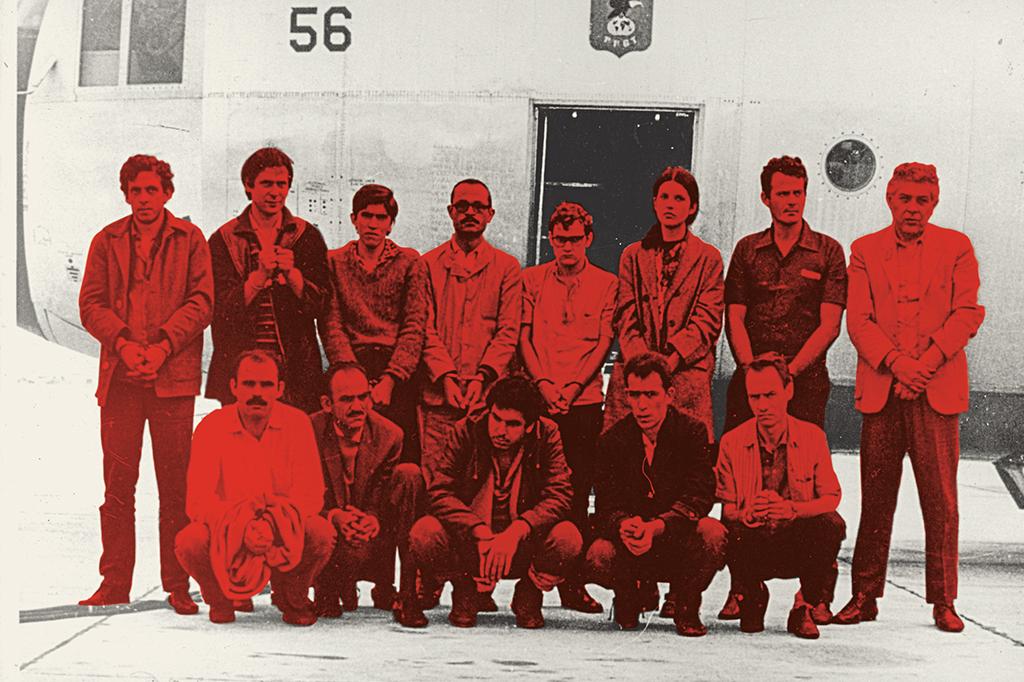 Presos políticos libertados em troca do embaixador americano Charles Burke Elbrick, sequestrado em 1969 por militantes do MR-8 e da ALN