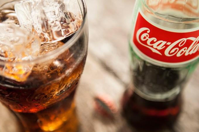 Coca-Cola faz sucesso no Japão com versão saudável – e laxante