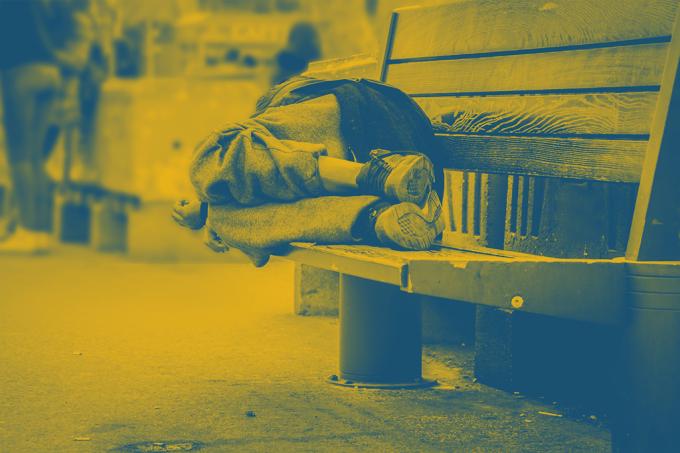 Como a falta de moradia nas cidades alimenta a política – e a máfia