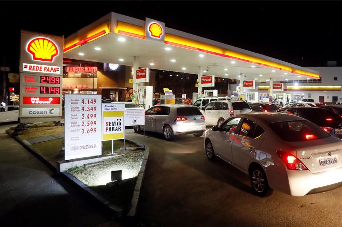 Greve caminhoneiros gasolina