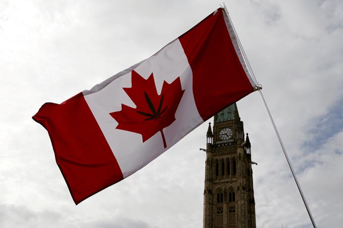 Como vai ser a legalização da maconha no Canadá?_home
