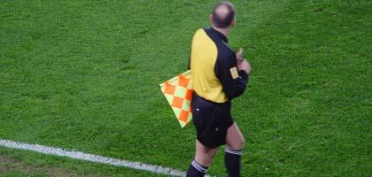 4de41c19865be21af9001180arbritragem-futebol.jpg