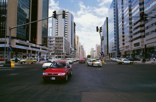 rua-avenida-carro-cidade-farol