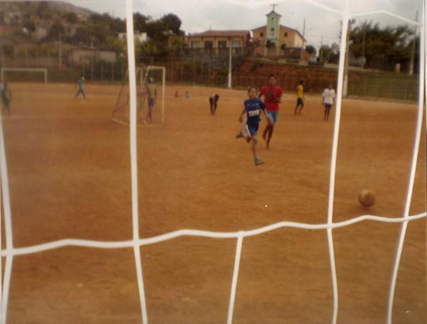 Crianças_em_campinho_de_João_Monlevade_MG
