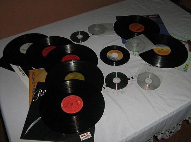 522a46d598276832de000493640px-vinyl_albums.jpeg