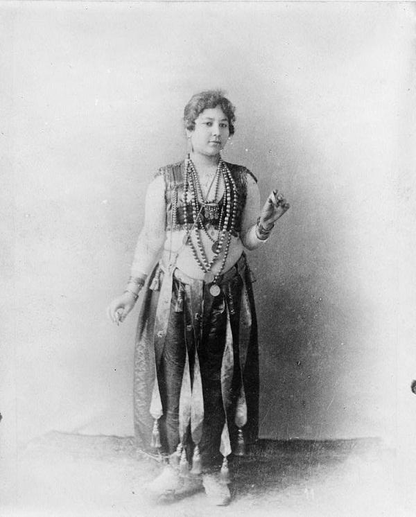 Egyptian_dancing_girl