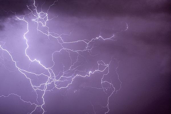 5245eb7398276866c1000412cloud-to-cloud_ramified_lightning_discharges.jpeg