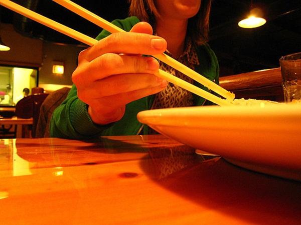 Chopsticks_by_evantroborg3000_in_Chicago_Chinatown