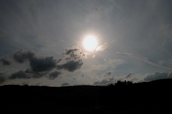52696d1398276872e5000181640px-sun.jpeg