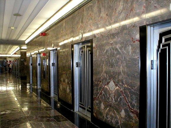 527156a5865be215a0000138800px-esb_elevators.jpeg