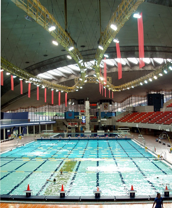 842px-Montreal_Olympic_Pool