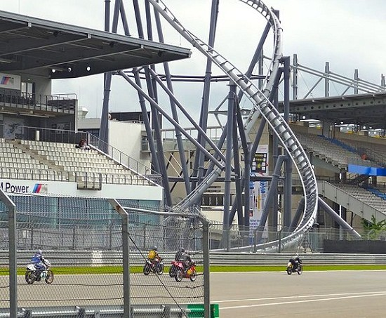 52a8bc6198276821460006dd576px-nurburgring_ring-racer.jpeg