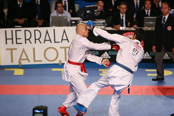 640px-Karate_WC_Tampere_2006-2