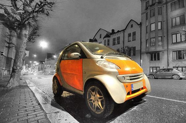 52e2ad69982768637b0003b5640px-smart_car_parked_in_turku-_finland.jpeg