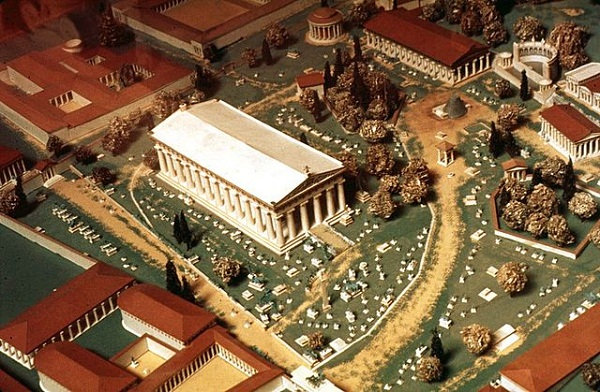 Model_of_ancient_Olympia