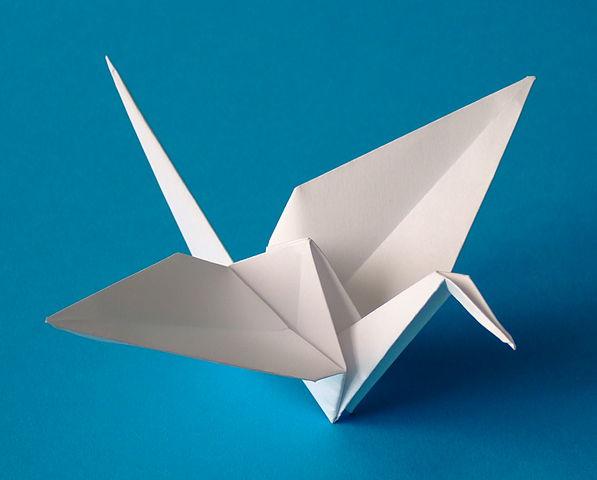 597px-Origami-crane