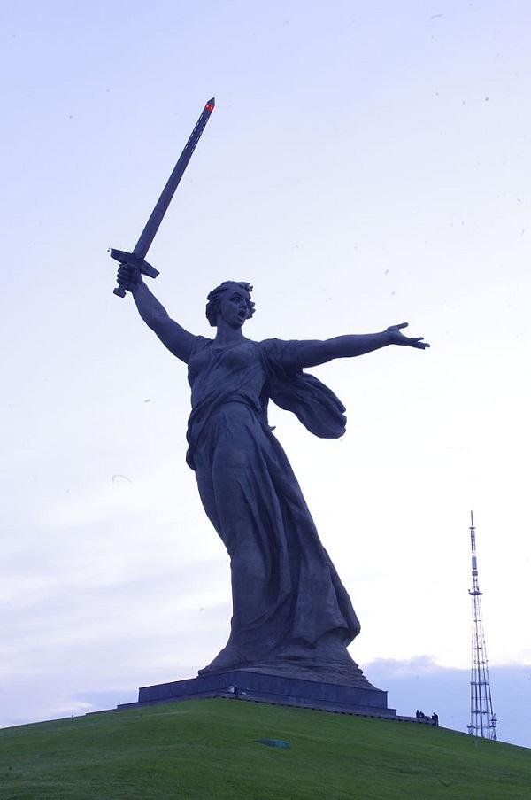 Wołgograd_kurchan_Mamaja