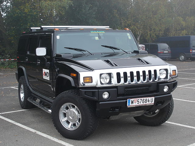 640px-Hummer_H2_Frontansicht