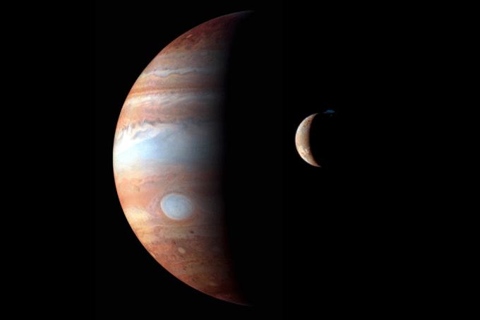 Astrônomos descobrem 12 novas luas em Júpiter – e uma está em rota de colisão com as demais_home