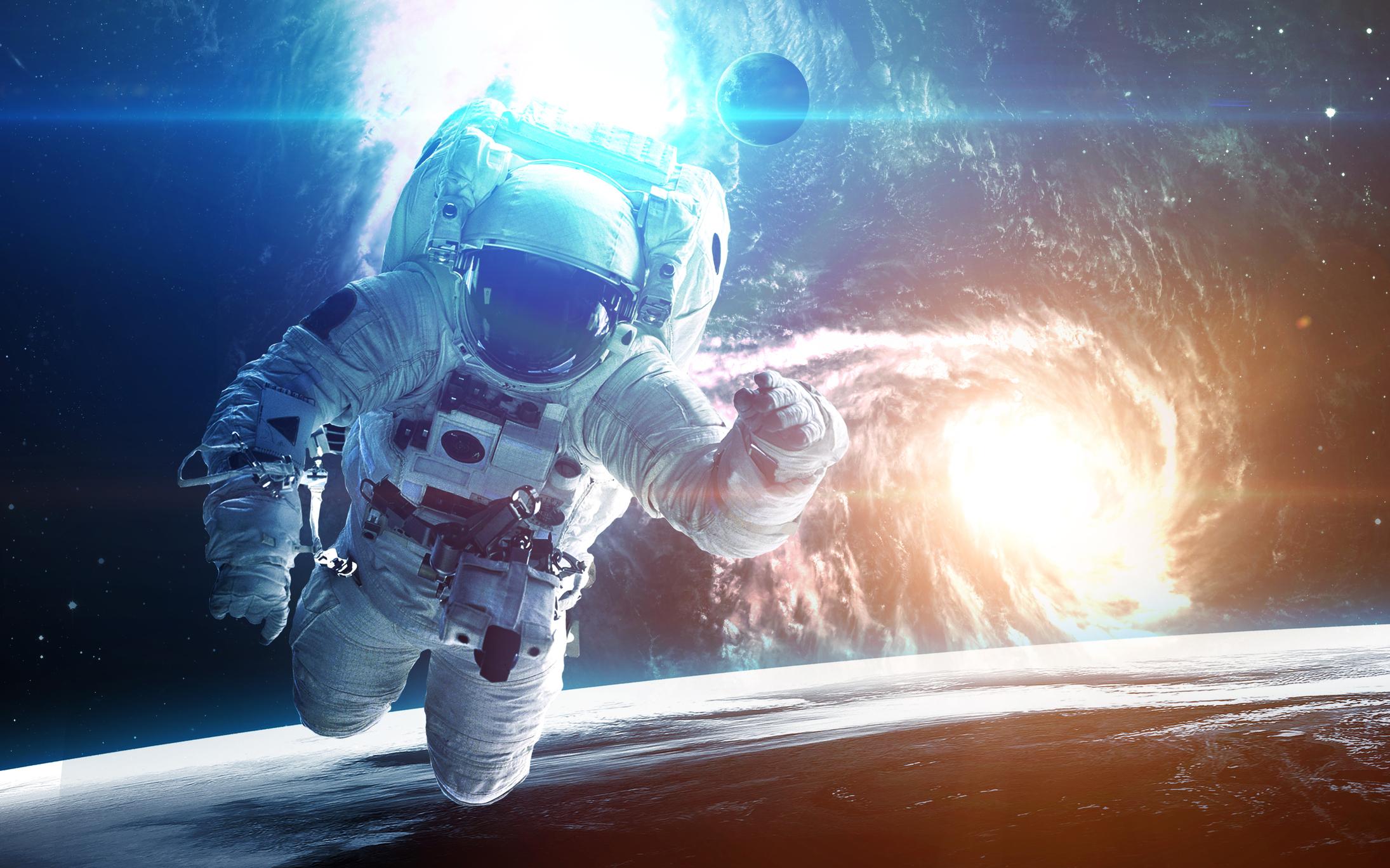 Como funcionam as roupas dos astronautas? | Super