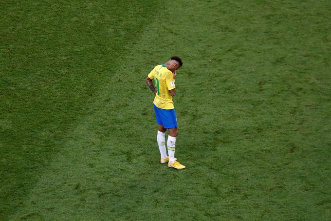 Opinião- Neymar que nos perdoe, mas não existe craque burro_home