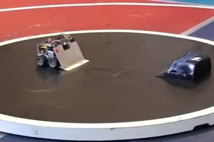 Batalha de robôs