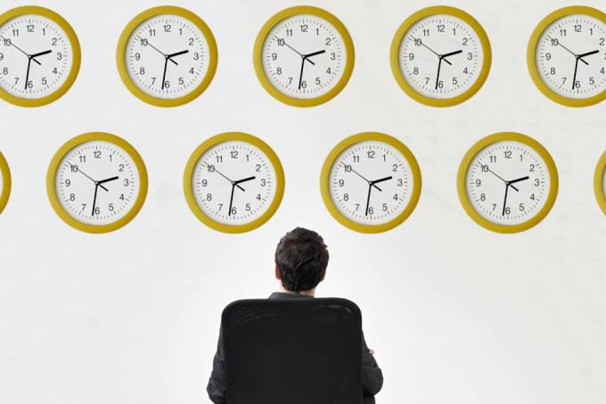 Físicos ficam observando relógios por 14 anos ininterruptos para fazer descoberta importante