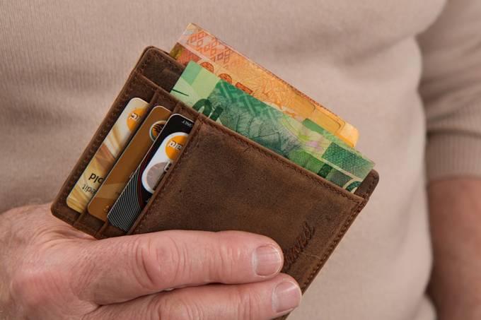Canadense persegue ladrão, devolve carteira e leva criminoso para tomar um café
