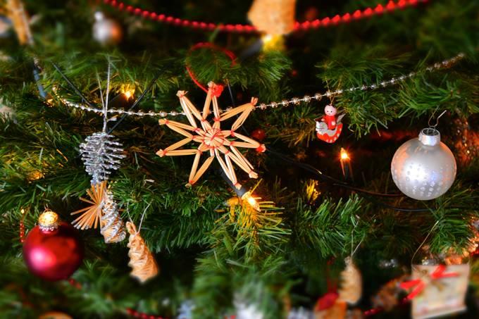 Músicas de Natal antes da hora podem afetar a saúde mental, diz psicóloga