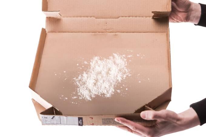 Brasileiro recebe cocaína em casa mais rápido que pizza, diz pesquisa